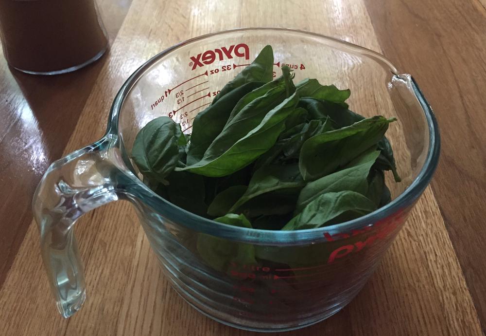 Yummy Homemade Basil Pesto