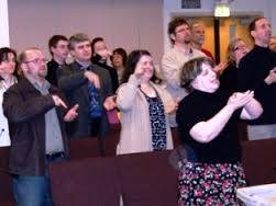 Sign language worship is beautiful!